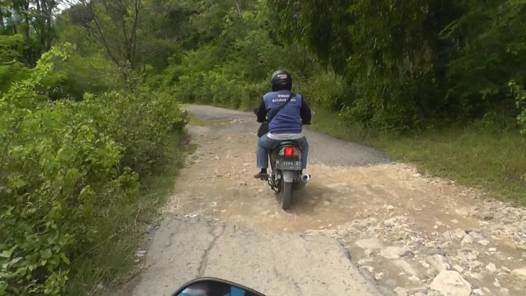 jalan rusak juwangi
