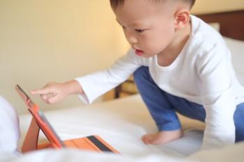 Kapan Waktu Anak Boleh Punya HP Sendiri?