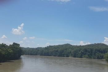 sungai lintas negara