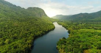 Mengenal 5 Sungai Lintas Negara di Indonesia