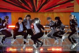 "Agensi K-pop Ini ""Melantai"" di Bursa Saham"