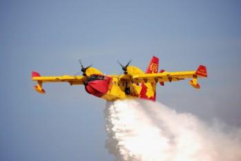 Beli Pesawat Amfibi Pemadam Kebakaran, Indonesia Pilih Viking Air CL-515