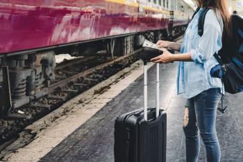Fenomena Turis Gembel dan Balada Bebas Visa