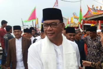 Bupati Rohil Suyatno