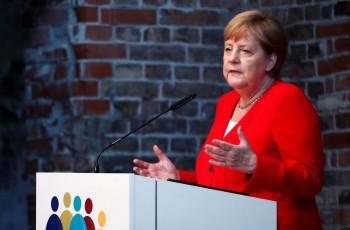 Misteri Angela Merkel Gemetaran