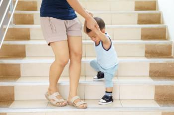 Ketika Orang Tua Penasaran Cari Cara Anak Cepat Jalan