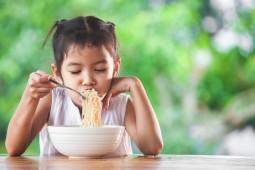 Seberapa Sering Orang Indonesia Makan Mi Instan