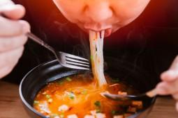 Di Balik Alasan Pola Makan Mahasiswa 2 Kali Sehari