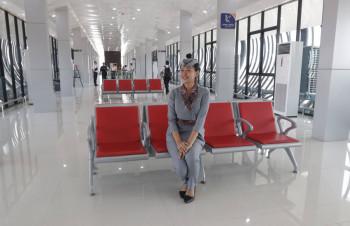 ruang tunggu kereta bandara