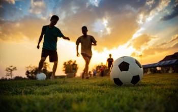 Sepak Bola Ya Pak Menpora …