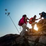 Mendaki Gunung Saat Cuaca Dingin, Bekali Diri dengan Sederet Perlengkapan Ini