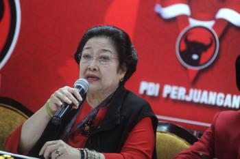 Jadi Ketum PDIP Lagi, Begini Jejak Politik Megawati