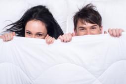Frekuensi Hubungan Intim Suami Istri? Survei Membuktikan …