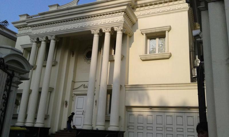 Rumah mewah ala Romawi