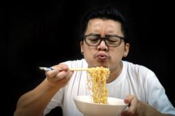 Mi Instan Sehat di Pasaran, Apa Benar Lebih Menyehatkan?