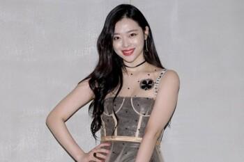 Di Balik Gemerlap K-pop, Sulli dan Sederet Artis ini Nekat Bunuh Diri