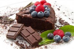 Meredupnya Bisnis Kue Artis di Balik Perseteruan Medina Zein dan Irwansyah
