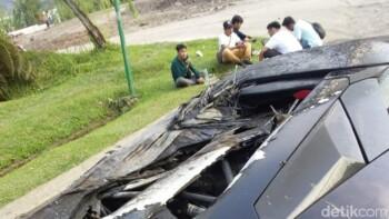 Lamborghini Raffi Ahmad Terbakar, Kenali Tanda Mobil Overheat dan Cara Mengatasinya