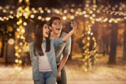 Rajin Unggah Foto Selfie Tak Selalu Narsis, tapi…