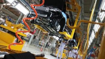 Ramai-Ramai Bikin Pabrik Mobil di Indonesia, China Paling Agresif