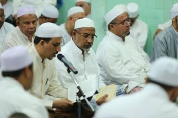 Bacaan Kitab Maulid Nabi Paling Populer di Indonesia