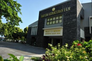 Membandingkan UKT Fakultas Kedokteran di Kampus Negeri