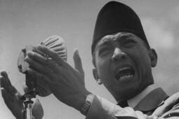 Awal Mula Munculnya Slogan Ganyang Malaysia