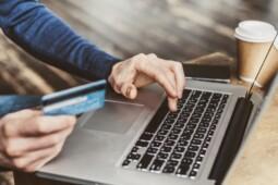 Kebanyakan Belanja Online? Mungkin Tanda Gangguan Jiwa