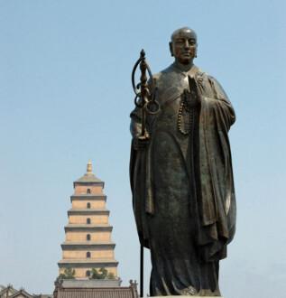 Patung Xuan Zang di China. (Istimewa)