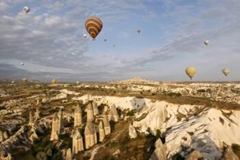 Indahnya Cappadocia, Tempat Honeymoon Mantan Suami Mommi Asf si Layangan Putus