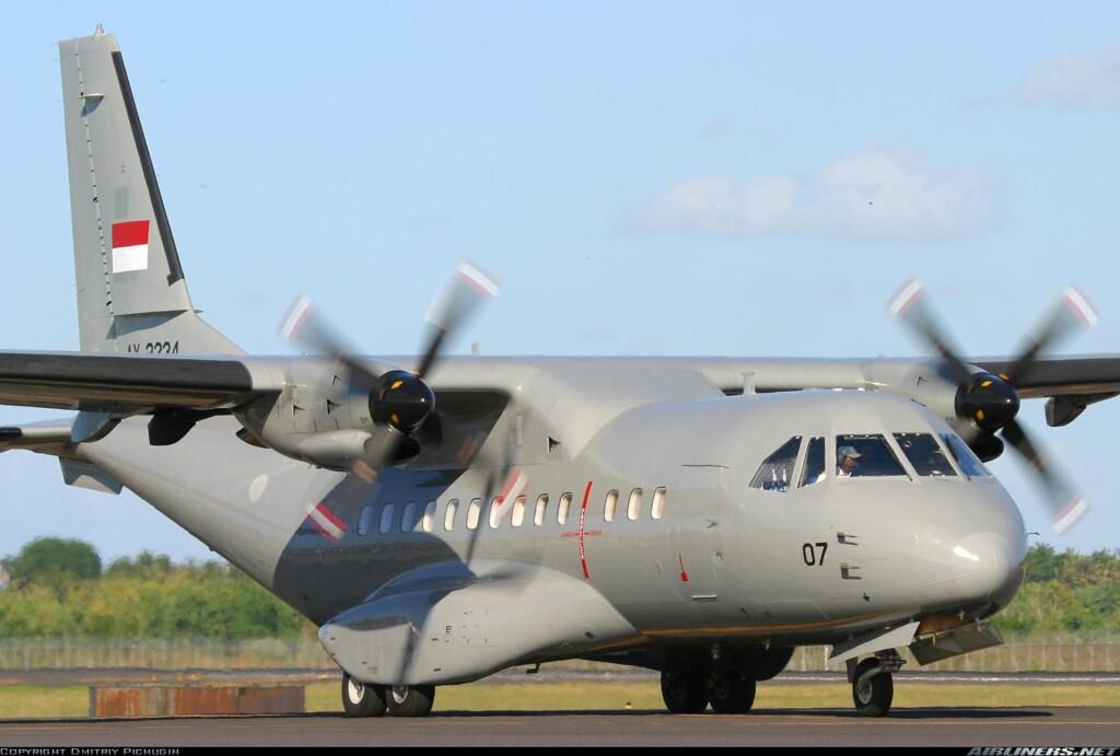 pesawat CN 325