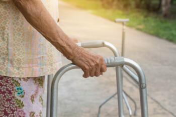 Perawatan Pasien Stroke di Rumah, Bersiap Hadapi Berbagai Kemungkinan Ini