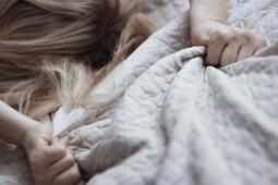Trik Ampuh Bikin Istri Orgasme Berulang, Bisa Enggak?