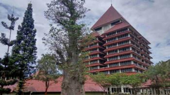 Bikin Geger karena Rangkap Jabatan, Ini Dia Profil Rektor UI Ari Kuncoro
