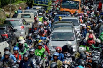 Peningkatan Mobilitas di Jawa-Bali Disoroti WHO, Terutama di 3 Titik Ini