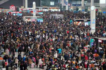 Antara Tradisi Chunyun saat Imlek dan Mudik ketika Lebaran