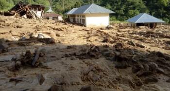 Ancaman Banjir Bandang, Kenali Ciri dan Penyebabnya