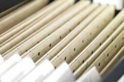 Diwarnai Salah Ketik Fatal, Bagaimana Nasib UU Cipta Kerja?
