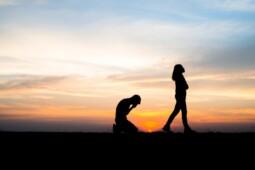 Ini Cara Menolak Pernyataan Cinta Agar Dia Tidak Sakit Hati
