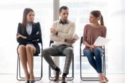 Be Positive, Hadapi Rekan Kerja yang Iri dengan Cara Ini