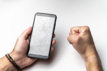 Tak Hanya Rugikan Negara Triliunan Rupiah, Ini Sejumlah Risiko Beli Ponsel BM