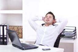 Butuh Semangat, Usir Bad Mood Saat Kerja dengan Cara Ini
