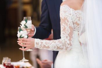 Tak Melulu karena Cinta, Ini Sejumlah Alasan Orang Menikah