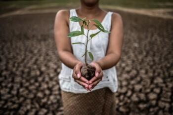 Perubahan Iklim Bikin Perempuan Terpojok dan Jadi Korban