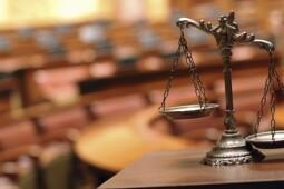 Pasal Gawat Omnibus Law: Pesangon Berkurang, TKA Dipermudah