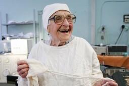 Mengenang Alla, Dokter Bedah yang Lakukan 10.000 Operasi Semasa Hidup