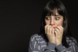 Dari Takut Pada Cermin Hingga Takut Berjalan, Ini 5 Fobia Tak Lazim di Dunia