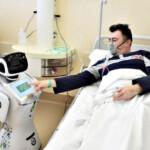 Sumber Daya Langka, Robot Tommy Membantu Pasien Covid-19 di Italia