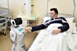 Robot Tommy Bantu Pasien Covid-19 di Italia, Bagaimana di Indonesia?