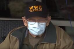 Veteran 104 Tahun Pulih, Ikuti Cara Melindungi Orang Lansia dari Covid-19